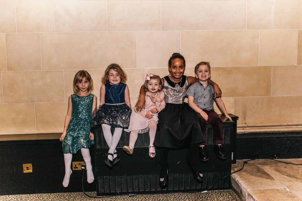 5 kids at wedding
